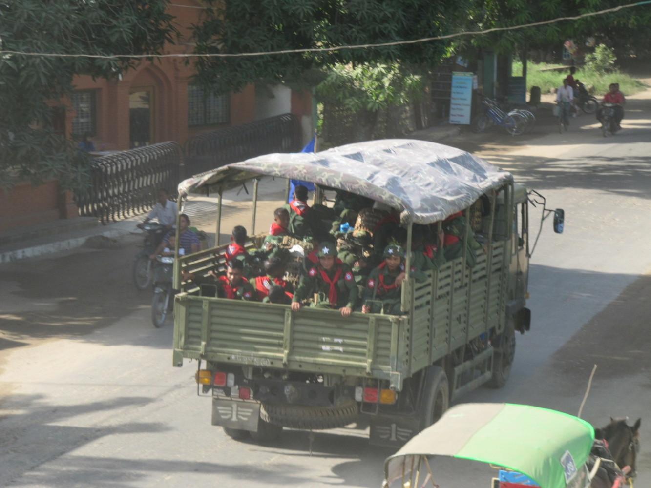 Verlegung von Tatmadaw in den Shan Staat